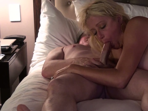 Blonde fuck mature suck